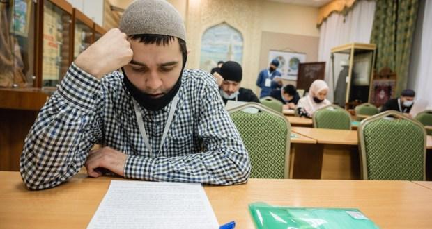В мусульманских образовательных учреждениях началась приёмная кампания