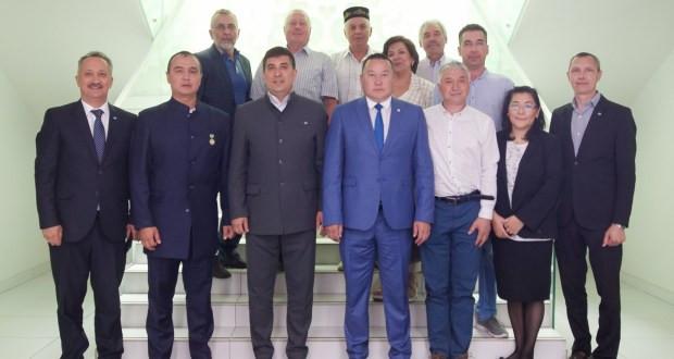 Бөтендөнья татар конгрессында Саха (Якутия) Республикасы делегациясе белән очрашу узды