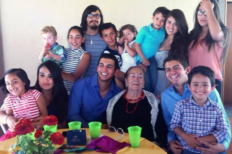 maria_de_jesus_gonzalez_de_la_torre_familia02