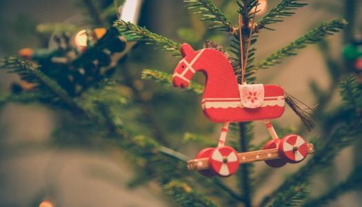 Inspiracje na prezenty na święta dla dziecka. Zestawienie prosto od wielkich graczy
