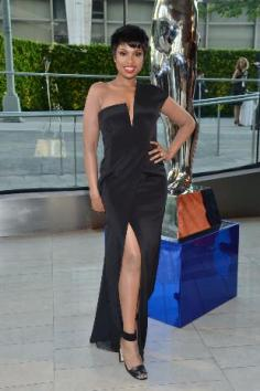 Jennifer Hudson in a Kaufmanfranco gown.