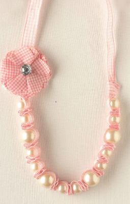 Guest Project: Gingham & Pearl Necklace Tutorial