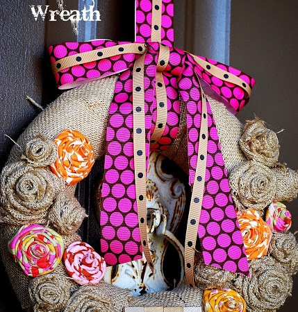 A little Project to do this weekend — Make a Burlap Scrabble Wreath!
