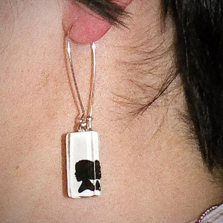 Project To Try: Personalized Silhouette Jewelry