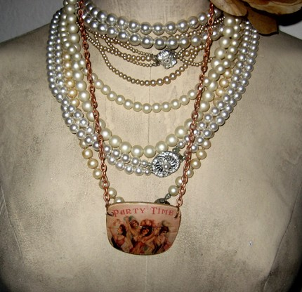 SALE SALE SALE on Recycled Victorian Ladies Party Time Eyeglass Lens Necklace with Copper Chain