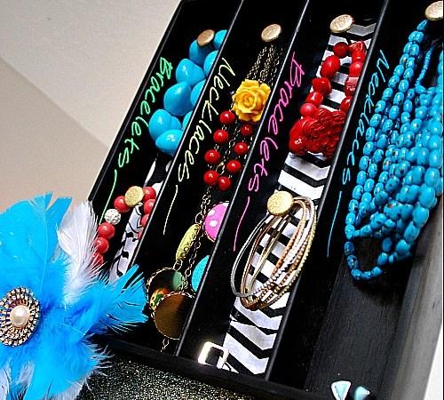 Scribble Shop Challenge — Chalkboard Silverware Jewelry Organizer!!