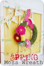 Make a Spring Moss Wreath and Vignette!