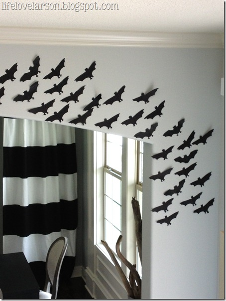 budget friendly halloween decor lifelovelarson - Black And White Halloween Decor