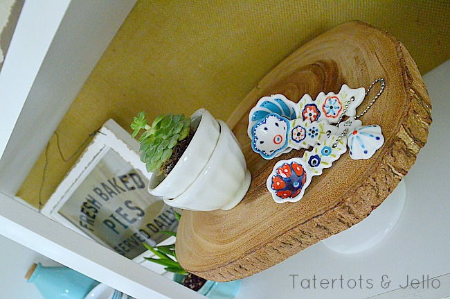 wood cake plate for summer at tatertots and jello