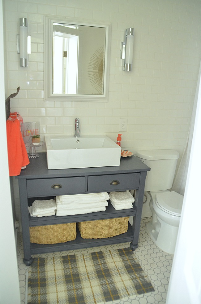 1905 cotage bathroom after