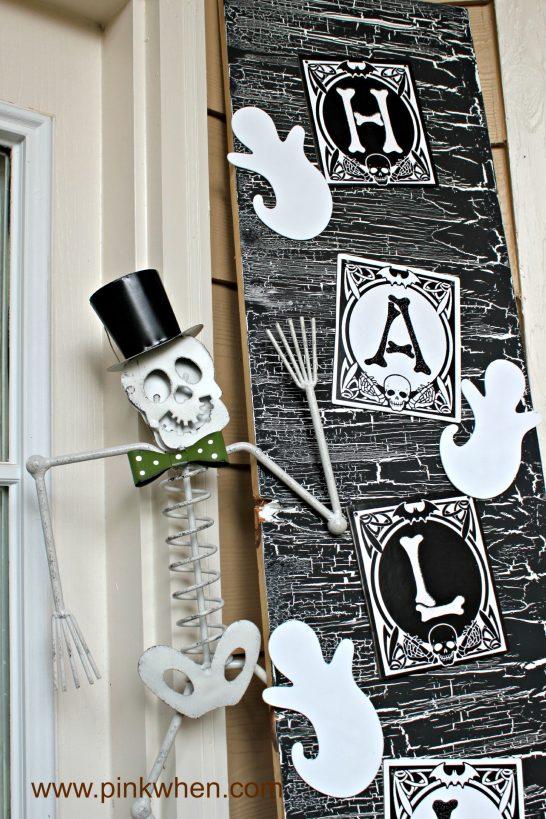 Halloween-Door-Decor-spookyspaces