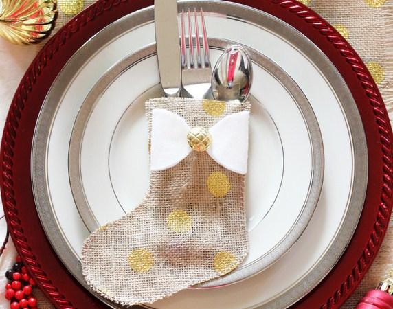Happy Holidays: Burlap Cutlery Stockings
