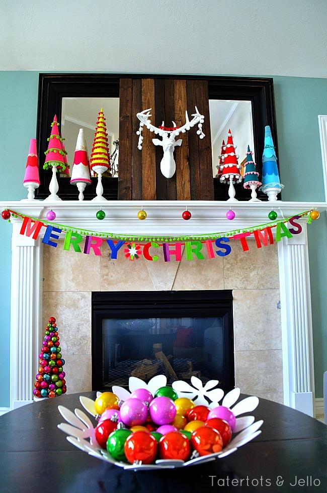 merry christmas holiday mantel at tatertots and jello