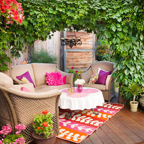 Garden Decorating Ideas: Radiant Orchid Decorating Ideas
