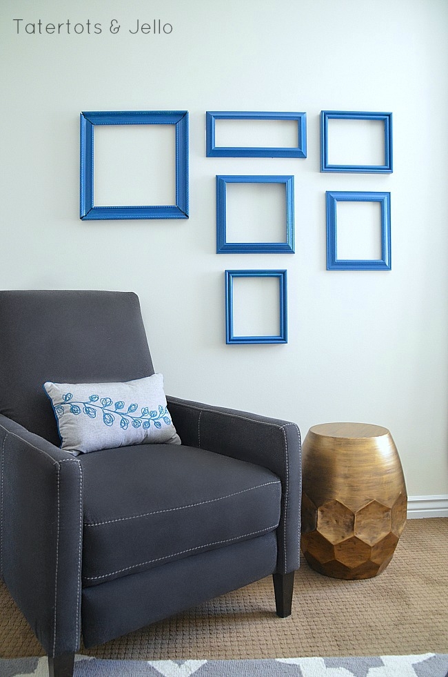 accent paint wall and pillow