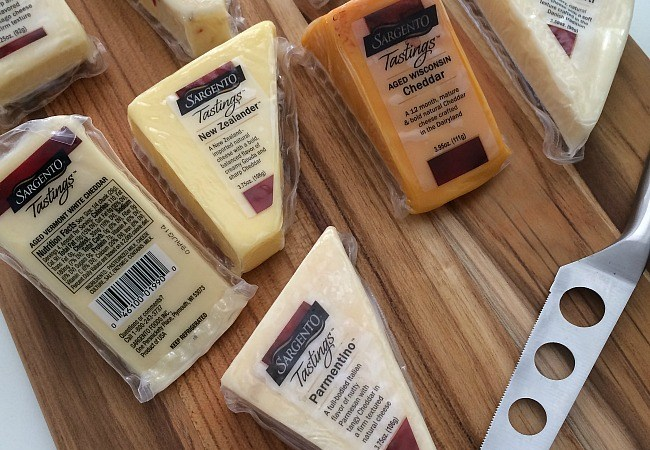 Easy, Out-Of-The-Ordinary Snacks with @SargentoCheese