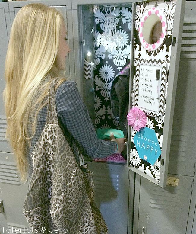 llz lockerlooks locker decorating