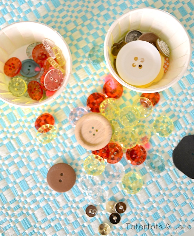 diy button pushpins at tatertots and jello