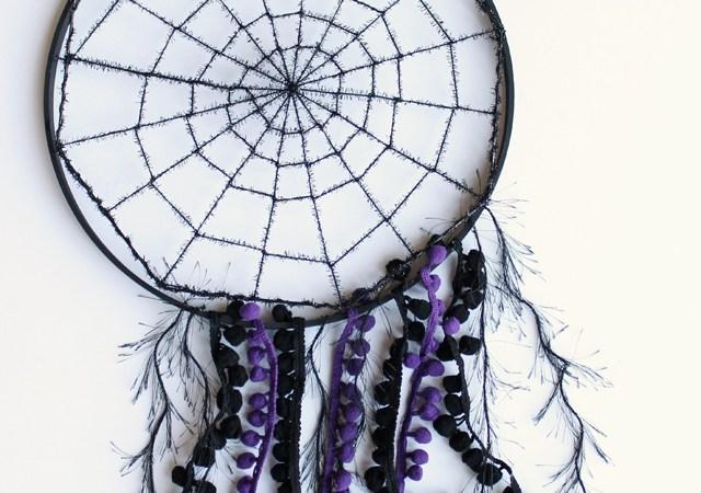 DIY Spiderweb Dreamcatcher