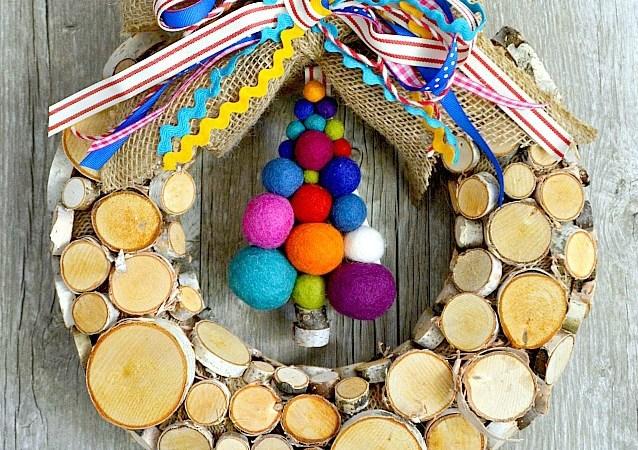 Woodland Christmas Tree Wreath & Blog Hop!