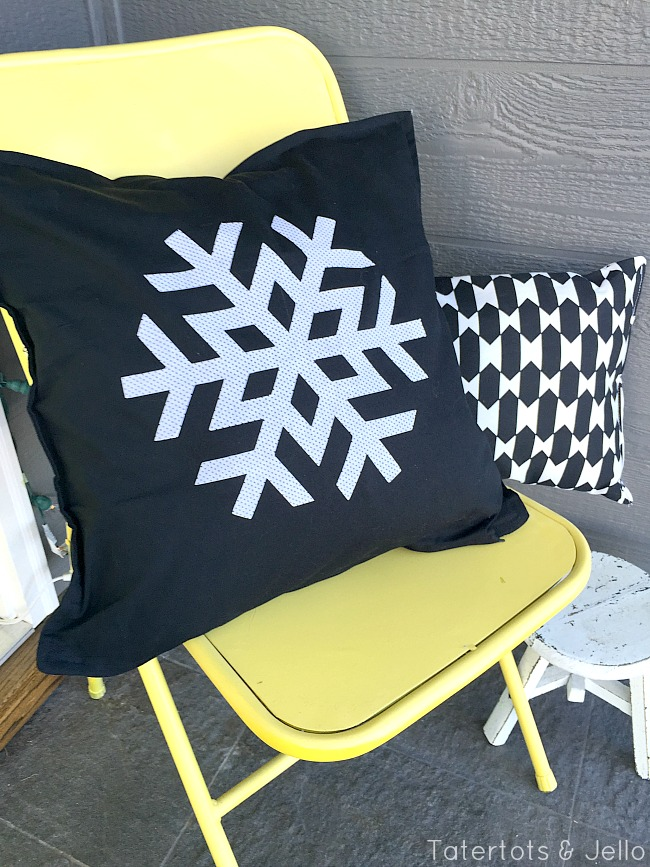 snowflake pillows porch at tatertots and jello