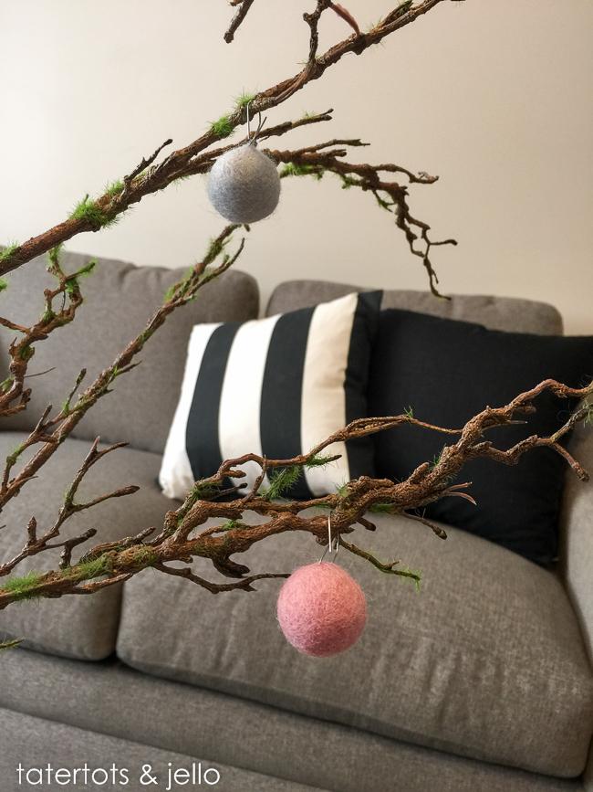 felt.ball.project.color.tatertotsandjello.com-4