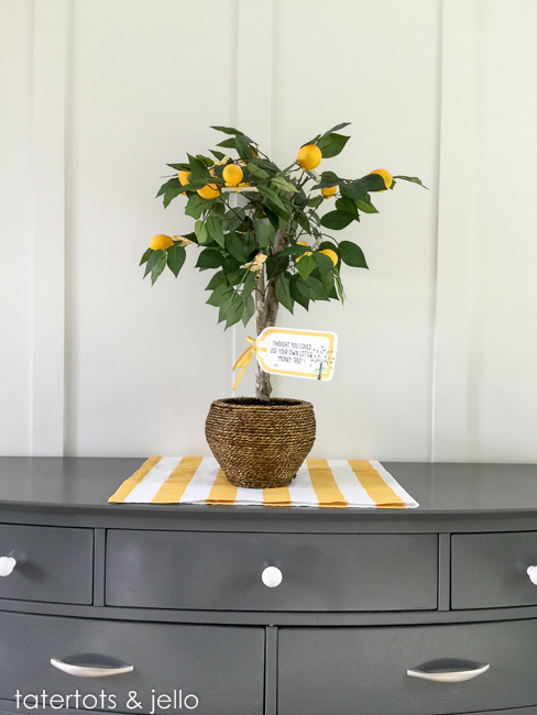 Lemon Money Tree Wedding Gift (Free Printable) - Tatertots and Jello