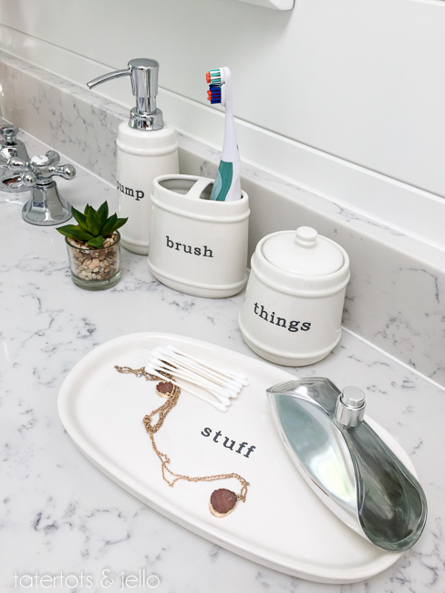 bhg.bathroom.2015.tatertotsandjello-12