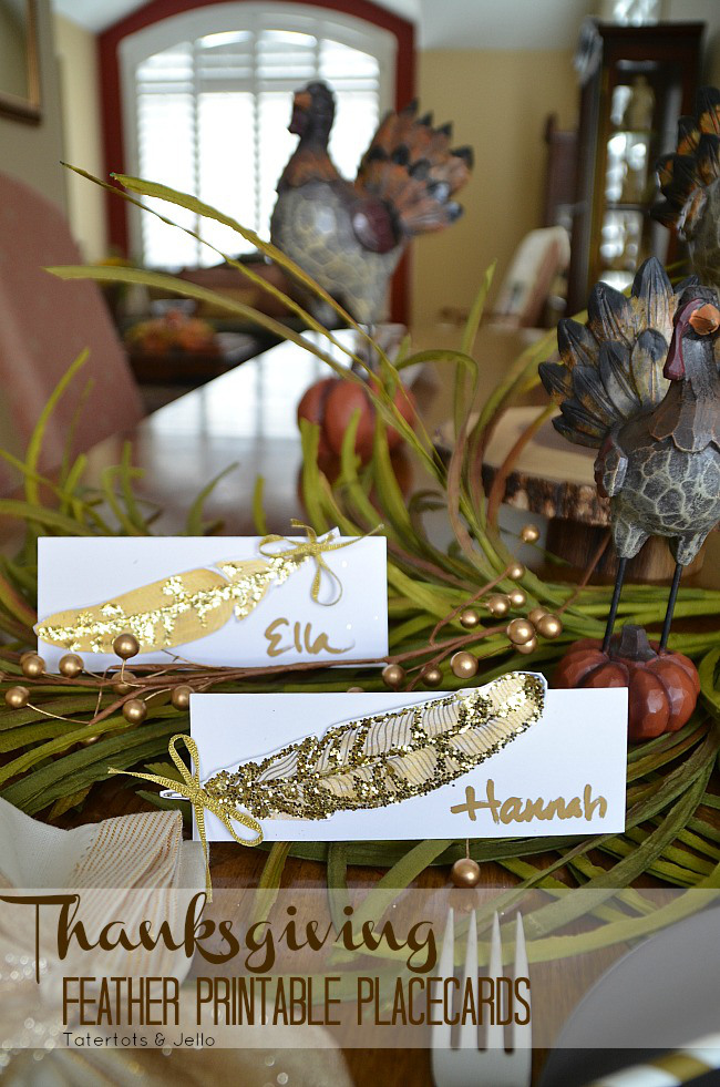thanksgiving-feather-printable-placecards-