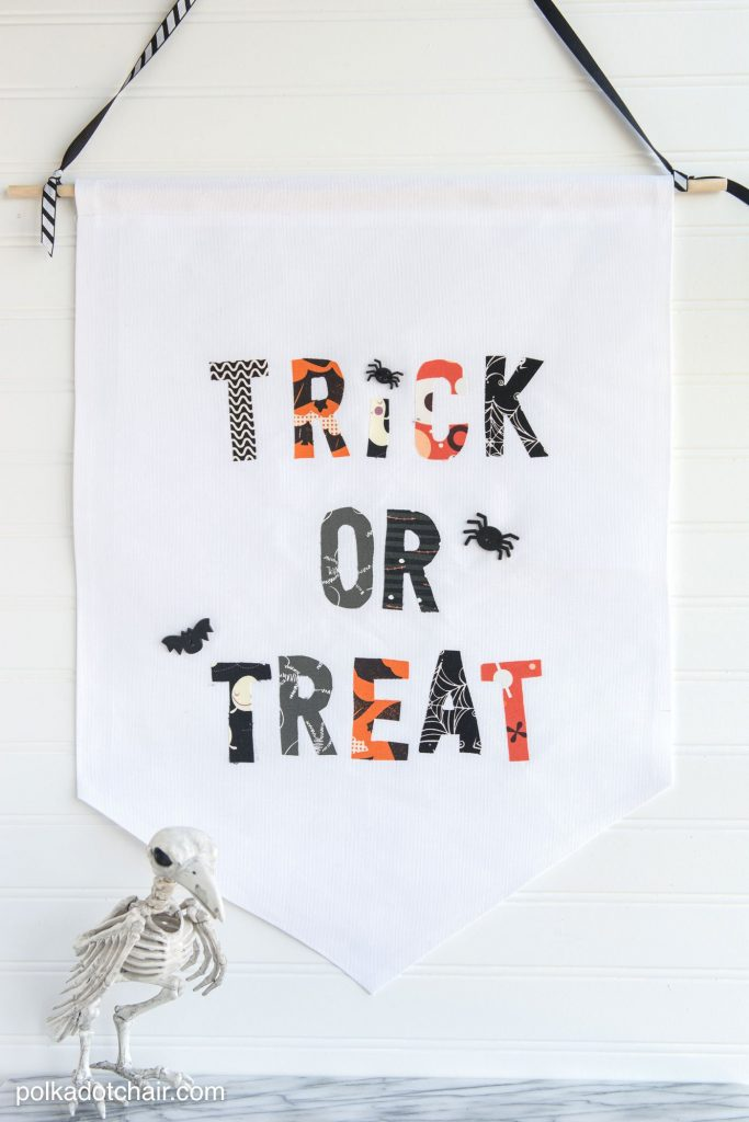 trick-or-treat-fabric-banner-no-sew