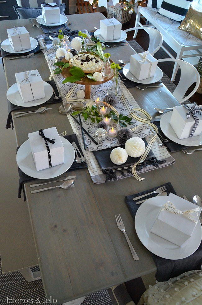 black and white new years party table