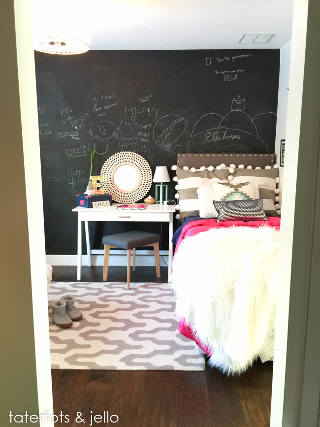 Tween Bedroom with colorful accents
