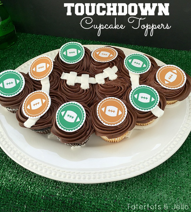 """Touchdown"" party pennants & Toppers - free printables"