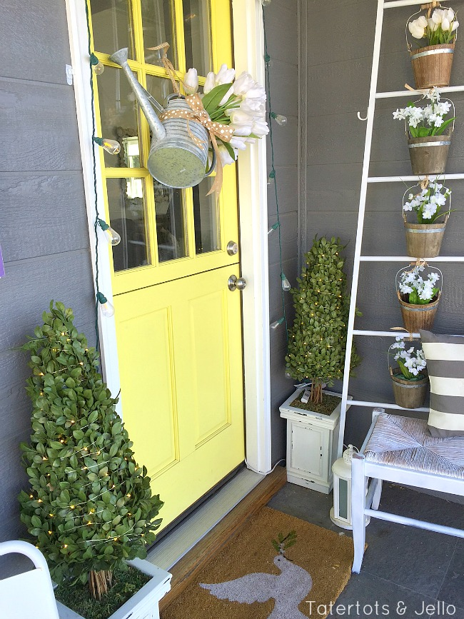 Flower pot ladder spring planter