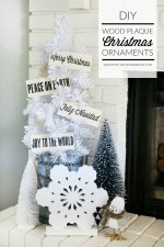 DIY Wood Plaque Christmas Ornaments!