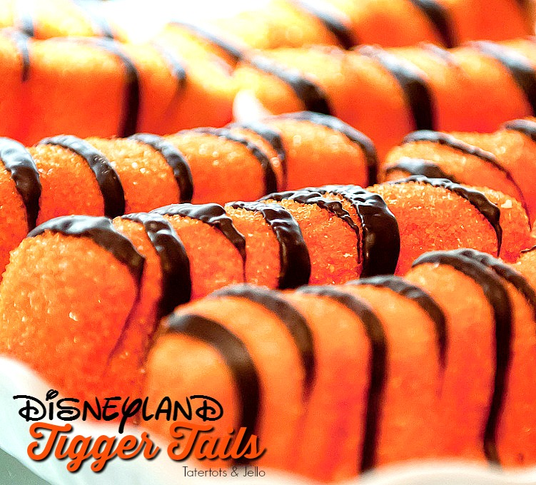 We've been going on family trips to Disneyland for 20 years. Here are 14 of our FAVORITE Disneyland foods you HAVE to try on your next trip!