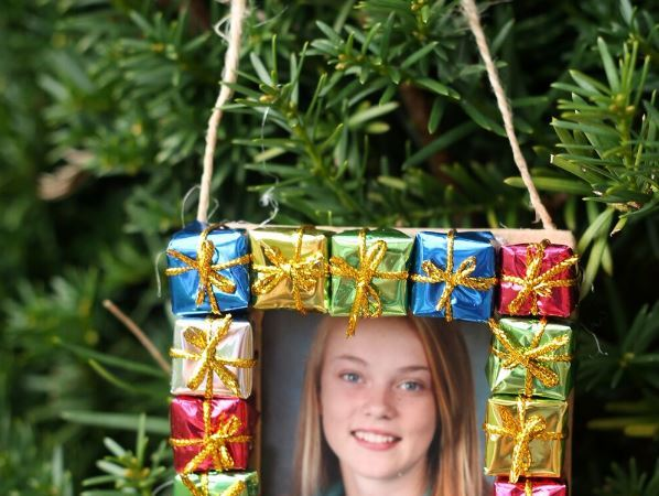 DIY Photo Frame Ornament