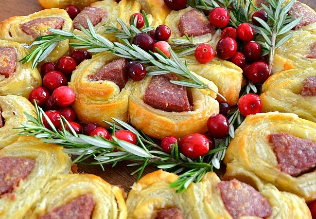 Pull Apart Sausage Roll Appetizers