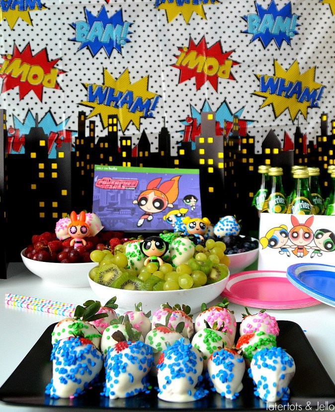 Powerpuff girls party fruit trays healthy party ideas. Make fruit trays inthe three Powerpuff girl colors - pink, blue and green. Party ideas!