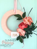 Make a 10-Minute Summer Peony Wreath