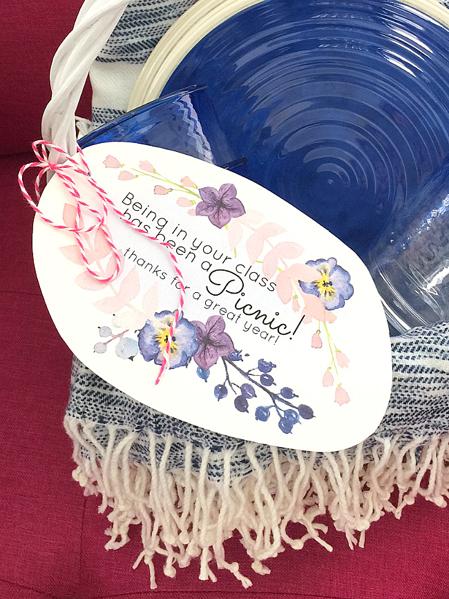 teacher appreciation picnic gift idea and printable tag