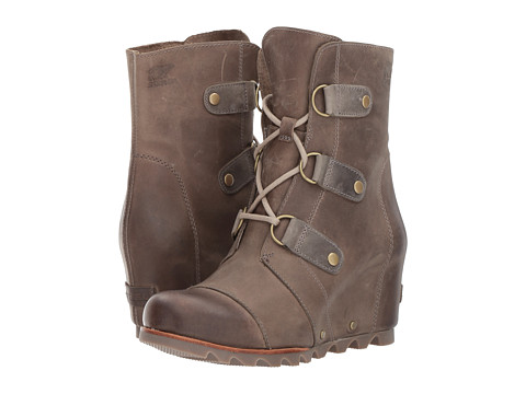 The perfect boots to bring on an Alaskan cruise. Stylish, waterproof and rugged to wear on and off the ship.