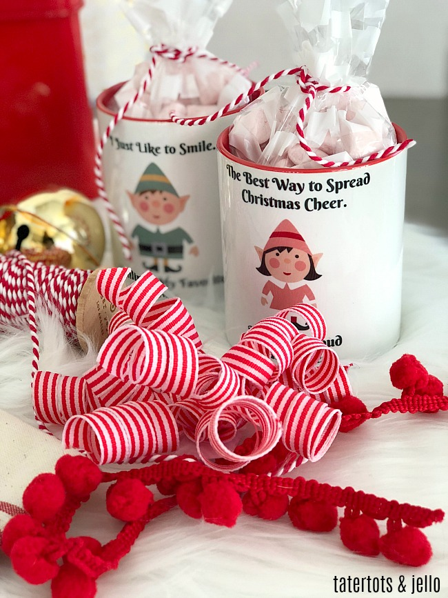 ELF custom mugs - Create personalized gifts with these printables from the ELF movie!