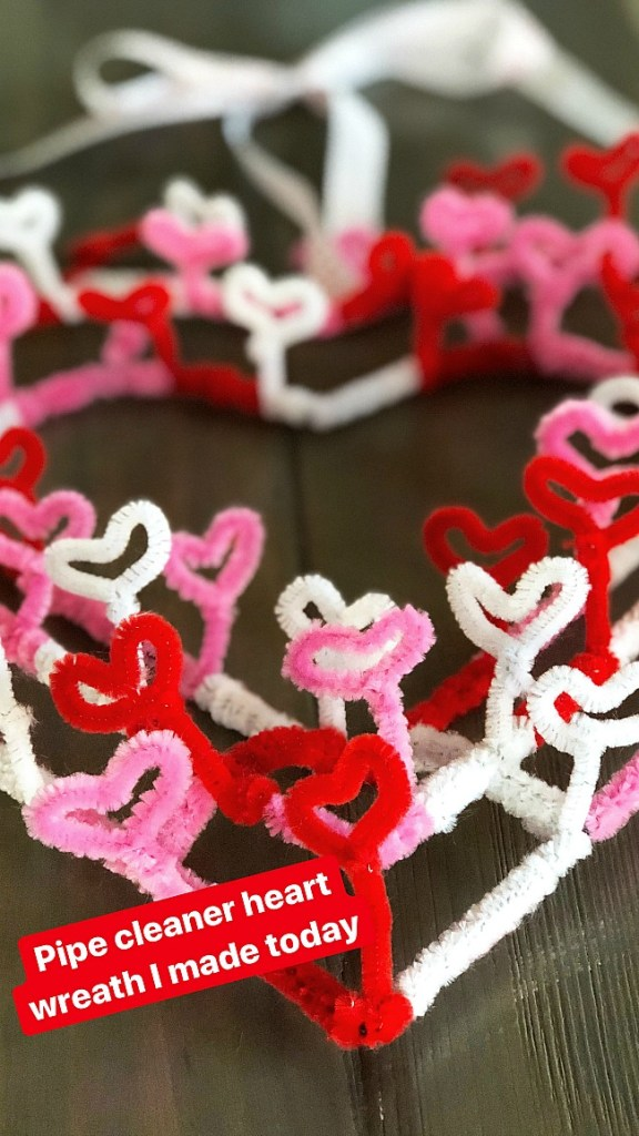 Valentine's Day Heart Pipe Cleaner Wreath. Make this whimsical wreath with items at your dollar store!
