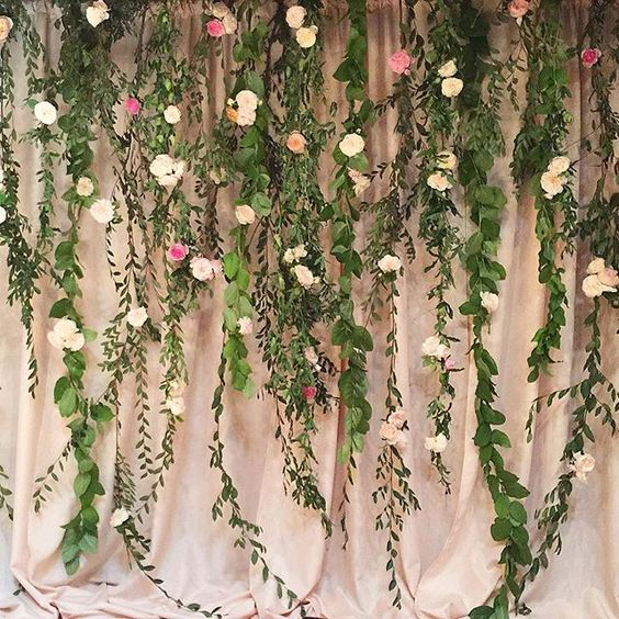 5 easy ways to decorate for prom on a budget