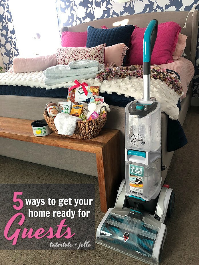 Hosting friends or family for Thanksgiving or the holidays this year? No need to panic or be stressed, getting your home ready for holiday guests is easy. Here are 5 ways to prepare your home for holiday guests!