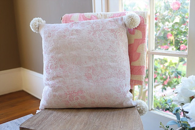 DIY Painted Fabric Pillow at My 100 Year Old Home