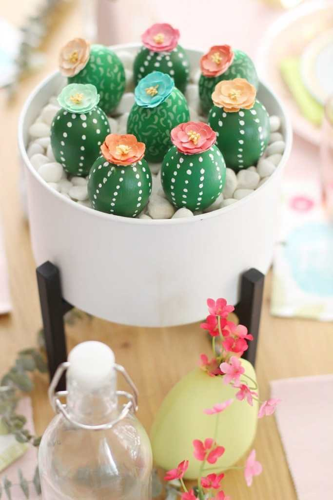 14 Easter Egg Decorating Ideas.
