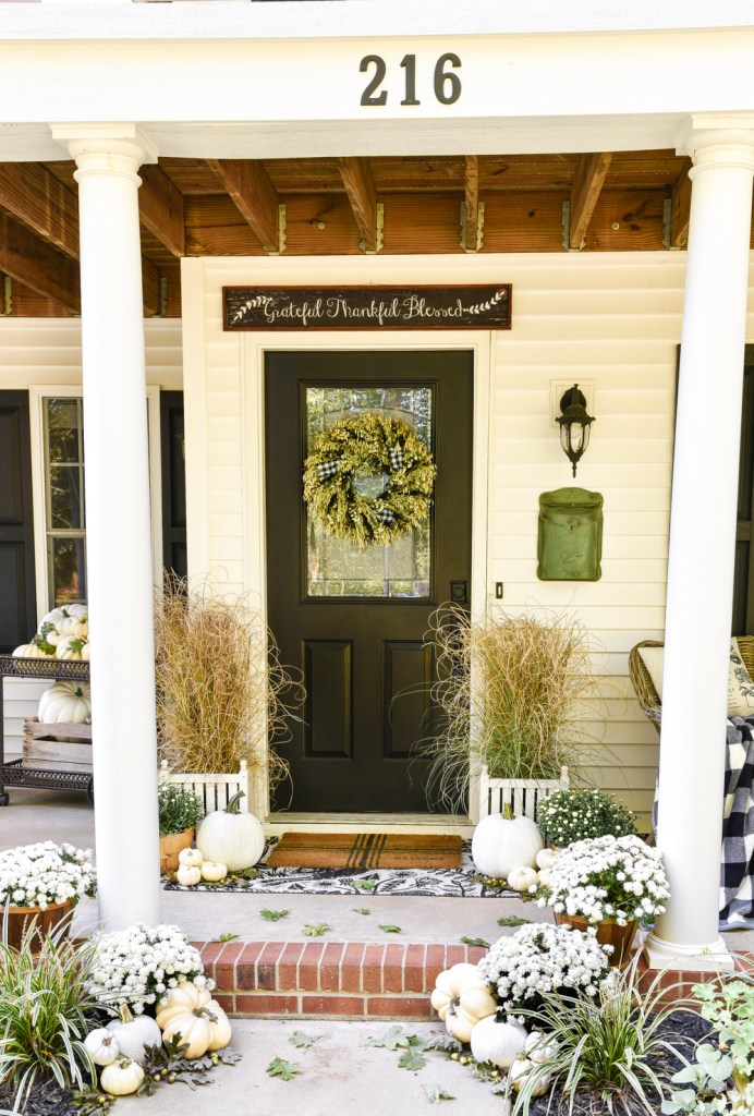 Black & White Fall Porch @ Home Stories