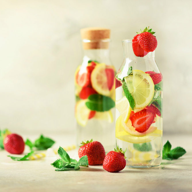 Strawberry Lemon Infused Water Recipe @ Simplistically Living